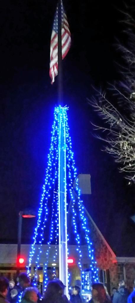 Police tree lighting